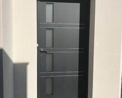 Porte entrée face extérieur